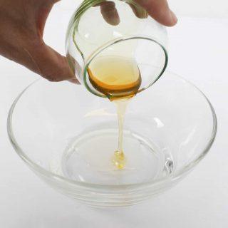 สลัดแก้วมังกร (Dragon fruit Salad) คู่กับน้ำสลัดน้ำผึ้งมัสตาร์ด