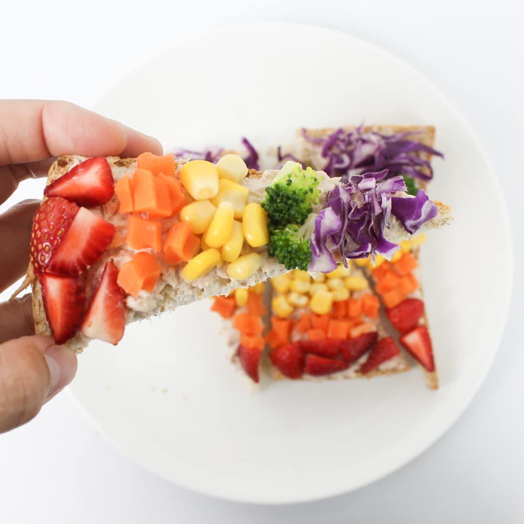 สลัดผักสายรุ้ง